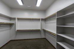 2469-closet