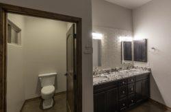 2469-toilet-room