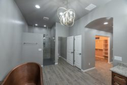4130-master-bathroom